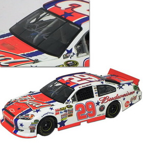 Kevin Harvick Autographed Merchandise #29 Kevin Harvick 2011 Autographed Bud FanChoice 4th of July 1/24 NASCAR Diecast Car Action Platinum Series LNC - C291821B4KHAUT
