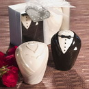 FashionCraft 8713 Stylish ceramic bride and groom salt and pepper shakers