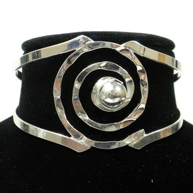 Global Crafts MJBZ14_SP_219002 Silver Hammered Spiral Cuff Bracelet