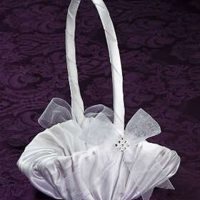 Simply Charming FGB819 Basket, Satin Rhinestone Trim