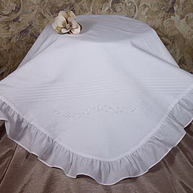 Little Things Mean A Lot 1CAG2BK - Cotton Embroidered Blanket with Ruffles