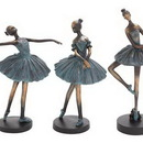 Woodland 58305 Set of 3 ballerina figurines